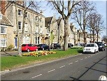 SP3509 : West side of Church Green, Witney by Bryan Pready