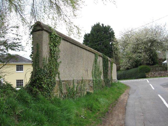 Old wall at Brog Street