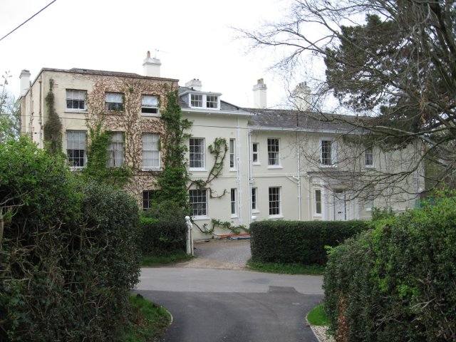 Glendon, Brog Street