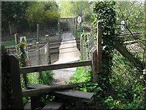 TQ5359 : Level crossing near Otford Station by David Anstiss