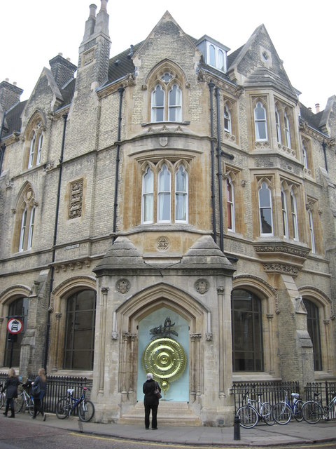 Corpus Christi Clock Cambridge 169 Richard Rogerson Cc By