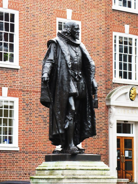 Statue of Francis Bacon, South Square, Gray's Inn, WC1