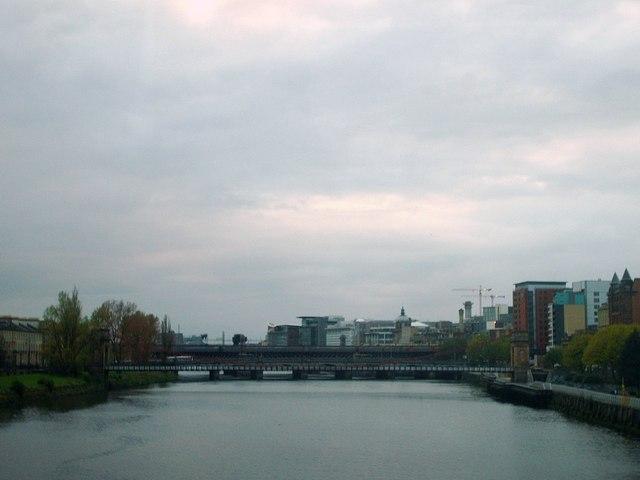 River Clyde, towards the suspension bridge