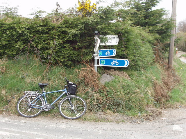 Sign for cycle route 1 at Killurin