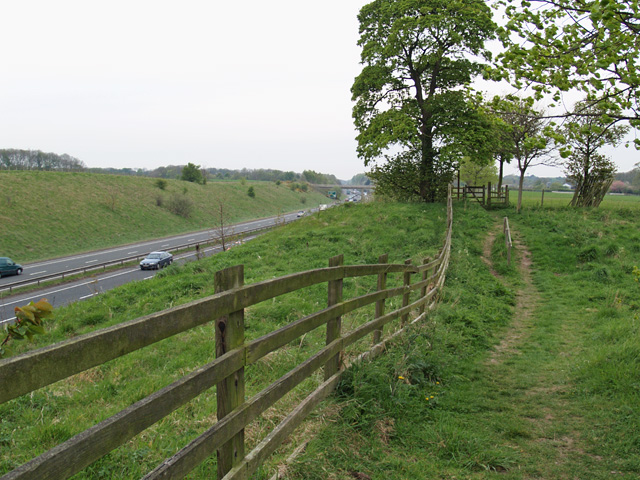 Footpath to the south of Ormesby Hall