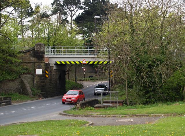 Railway bridge over Ladgate Lane