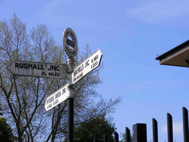 Tame Valley Junction Sign
