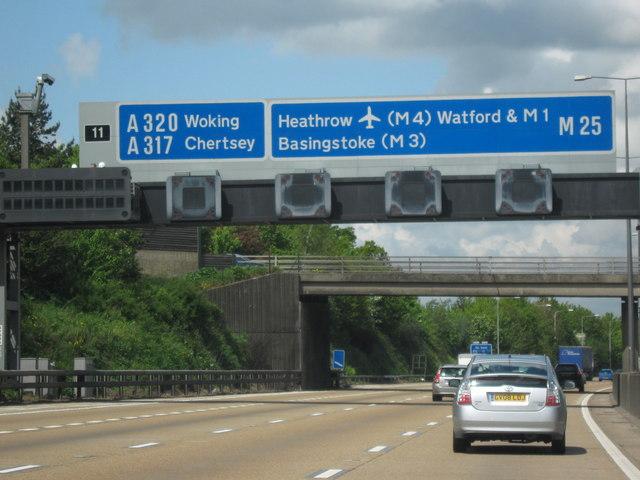 M25 Motorway Clockwise. Approaching Junction 11