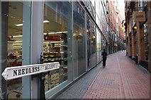 SP0686 : Needless Alley by Dorothy Carse
