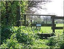 ST8351 : Stile near Rudge by Maigheach-gheal