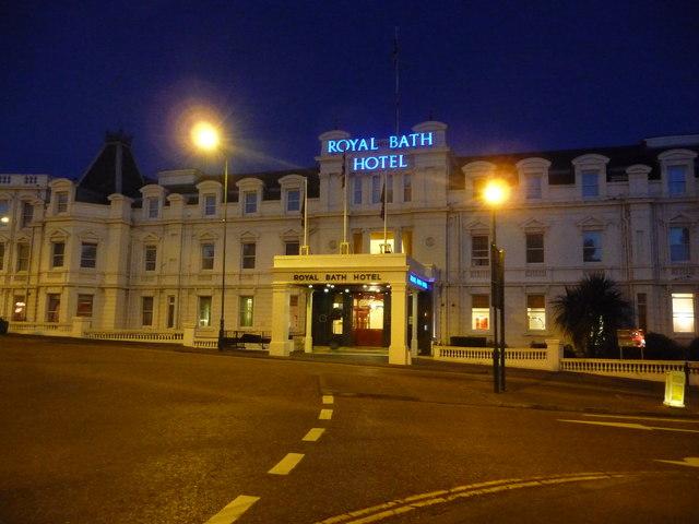Bournemouth : The Royal Bath Hotel & Bath Road