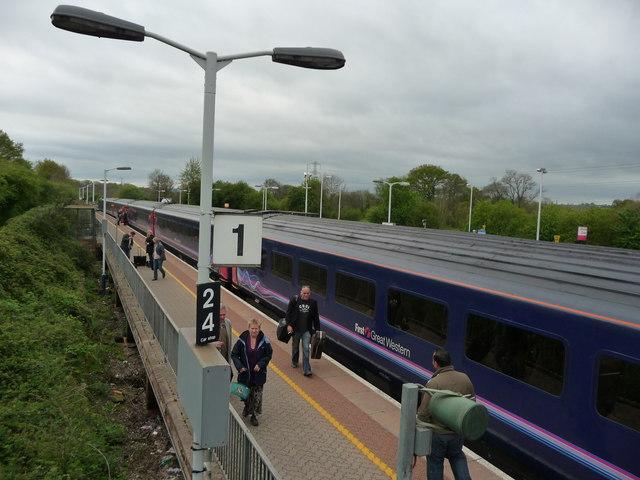 Tiverton : Tiverton Parkway Railway Station