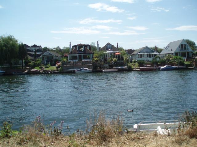 Thames Ditton Marina