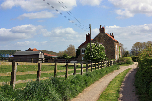 High Farm Cottages, Firby