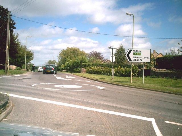 Mini-roundabout in Brize Norton