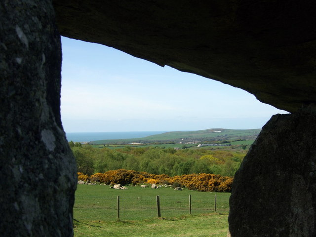Sea view from the stone chamber