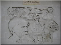 TQ2882 : Charles Dickens sculptured panel by Philip Halling