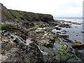 HU1757 : Coastline near Huxter by Stuart Wilding