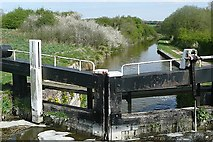 SU3067 : Froxfield Middle Lock by Graham Horn