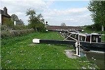 SU2662 : Lock 61 by Graham Horn