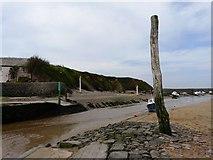 SS2006 : Mooring post, Summerleaze beach, Bude by Tom Jolliffe