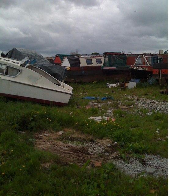 Golden Nook Boatyard, adjacent canal