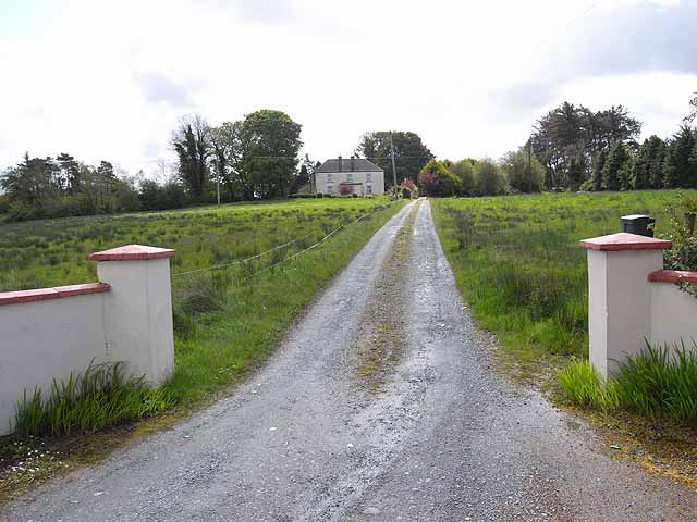 House and driveway at Kiltycon