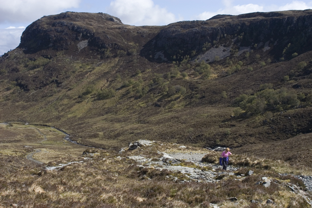 Climbing out of Coire Chaorachain by Tom Richardson