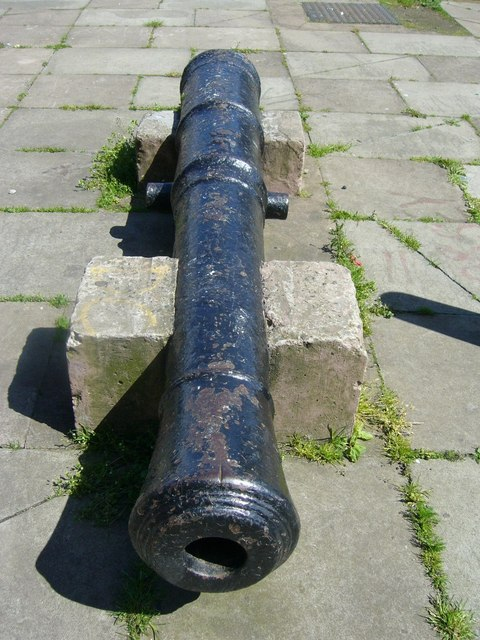 Leith Fort cannon