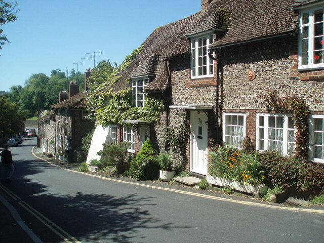 Cottages in Church Hill