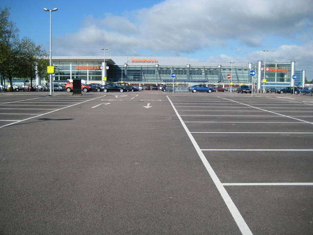London Colney: Sainsbury's, Colney Fields Retail Park
