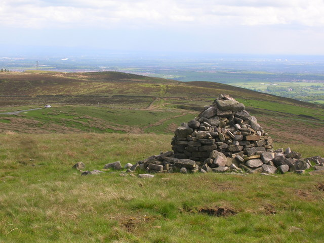 Cairn on Crooked Edge Hill