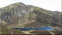 NN9462 : Ben Vrackie and Loch a' Choire by Richard Webb