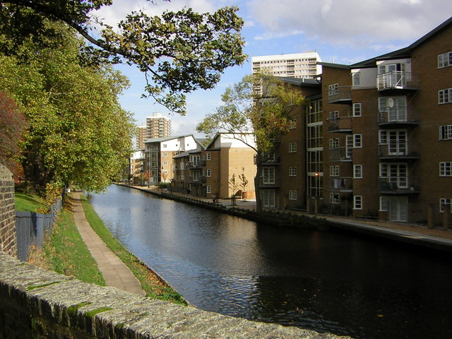 The Hertford Union Canal from Three Colt Bridge