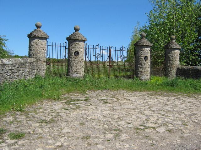 Unused gates  rear of  Redworth Hall