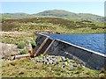 NR7775 : Dam on Loch a' Chaorainn by Patrick Mackie