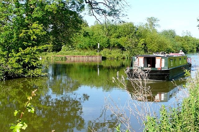 Canal west of Newbury