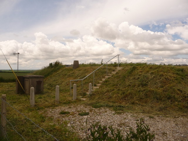 Cerne Abbas: reservoir and trig point, St. Catherine's Hill