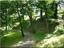 NT2674 : London Road Gardens by kim traynor