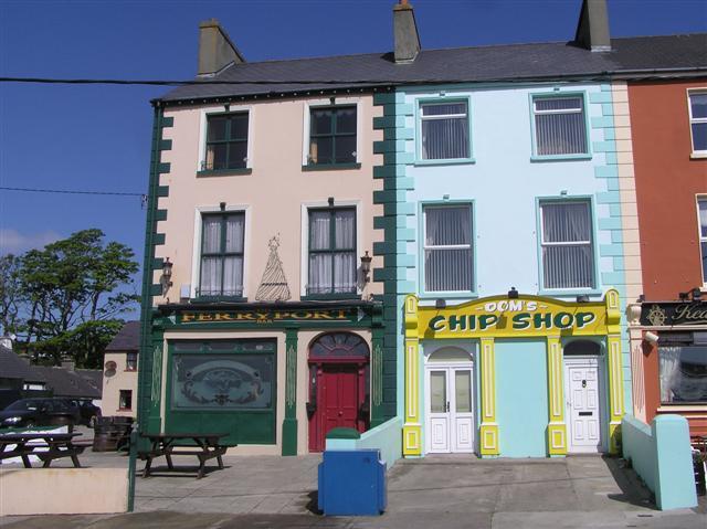 Ferryport Bar / Dom's Ship Shop, Greencastle