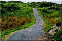G6996 : Duquesta Santa Anna Drive - Private farm road by Joseph Mischyshyn