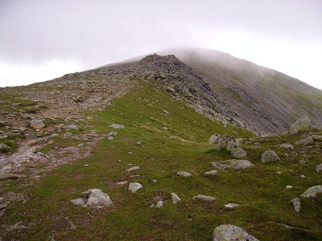 Approach to the summit of Carnedd Dafydd