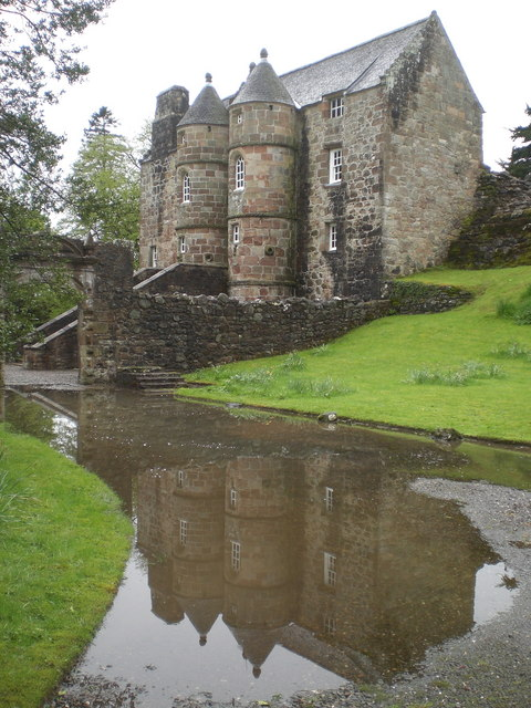 Rowallan (Old) Castle