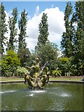 TQ2882 : Fountain, Queen Mary's Gardens, Regent's Park by pam fray
