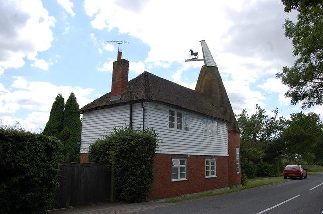 Oast house, Smarden Road, Pluckley
