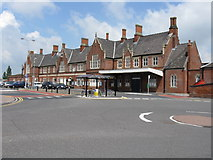 SO5140 : Hereford Railway Station by Peter Whatley