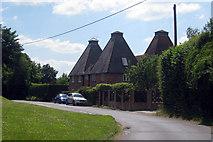 SU7438 : The Oast House & Rycote Oast House, Wyck Lane, East Worldham, Hampshire by Oast House Archive