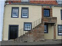 NO5201 : Harbourside house at St. Monans Harbour by James Denham