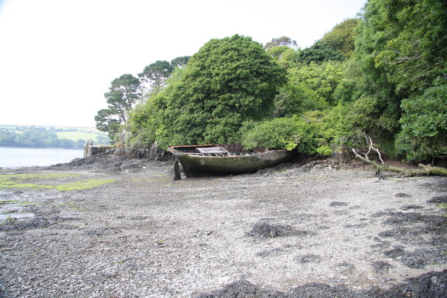 Derelict boat in Frenchman's Creek
