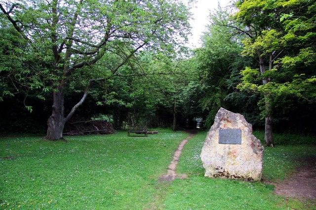 Footpath to the Wild Garden at Jarn Mound
